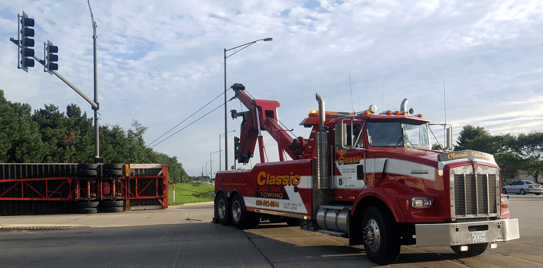 Heavy Duty Towing Service in Illinois, Naperville Towing